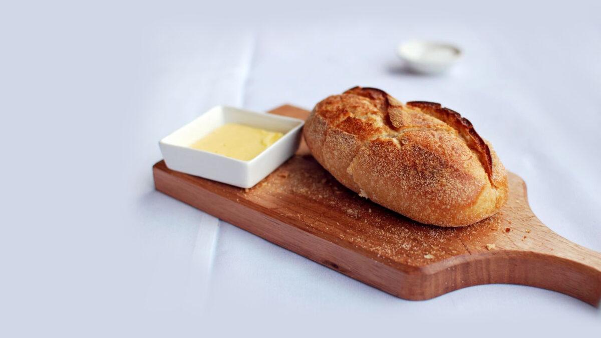 Pâine și unt, varianta gourmet și raw